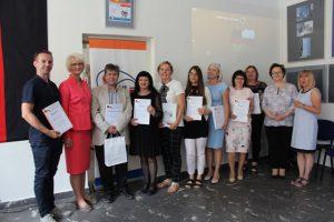Wręczenie dyplomów członkom jury konkursu Na Zachód od Odry