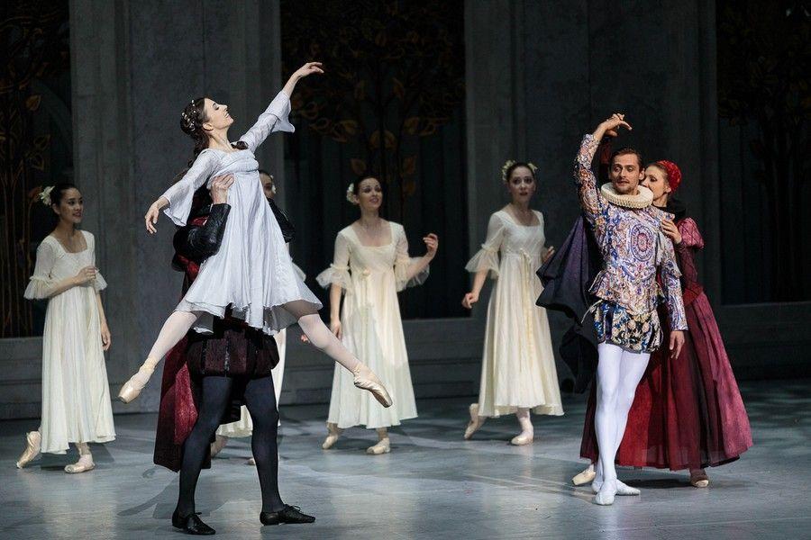 """""""Romeo i Julia"""" w Operze Nova, fot. Filip Kowalkowski"""